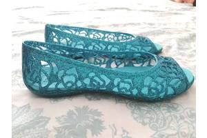 б/у Детские туфли для девочек Crocs