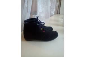 б/у Детские демисезонные ботинки
