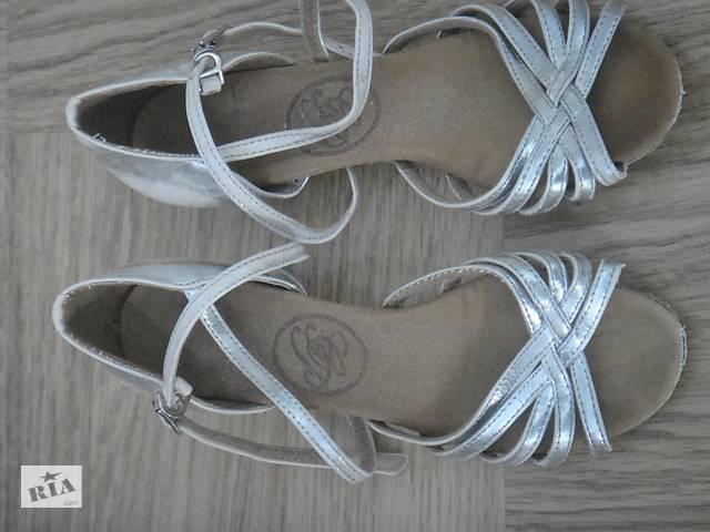 83194ee9f5a7ac Продам туфлі для бальних танців - Дитяче взуття в Ірпені на RIA.com