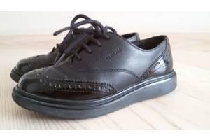б/у Детские туфли для девочек Geox