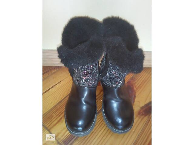 продам Сапожки для девочки бу в Сваляве