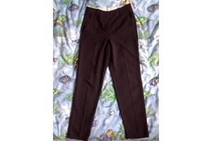 """Школьные брюки """"Oodji"""", р.- 34 + подарок"""