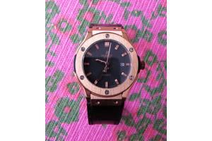 б/в Наручні годинники жіночі Hublot