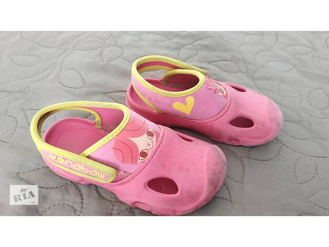 купить бу Б/В Дитячі рожеві резинові крокси для дівчинки, 24-25р в Торчині