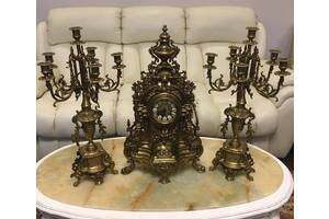 Бронзовые каминные часы с канделябрами из Бельгии
