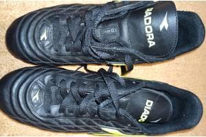 Бутси, кросовки, копи р.41. на ногу 26,5-26,8 см.
