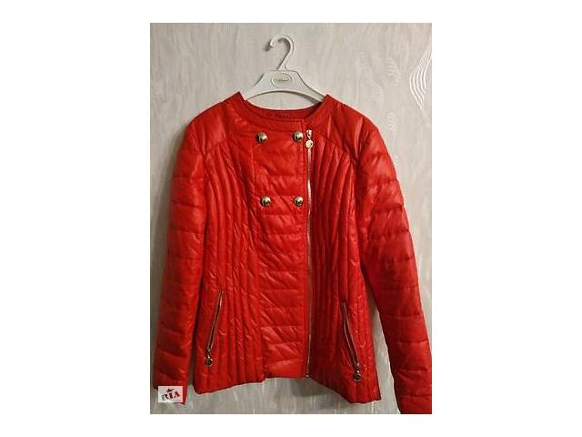 купить бу Куртка червона демісезонна в Луцке