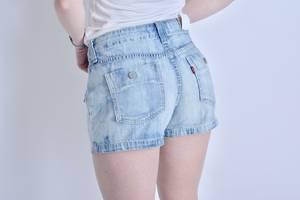 Нові Жіночі капрі та шорти LEVI'S