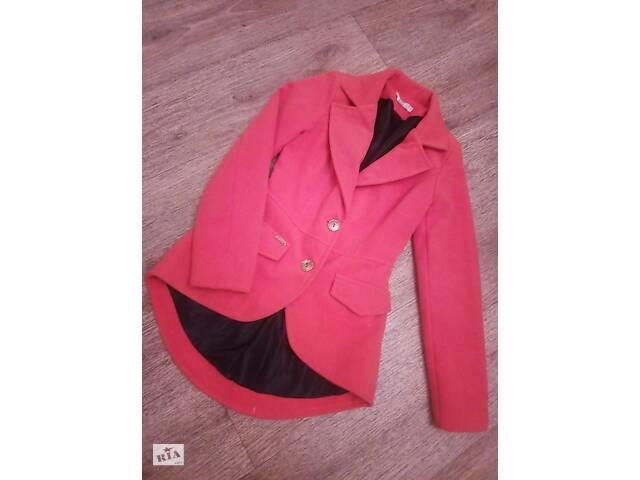 продам Стильное пальто пиджак бу в Кривом Роге