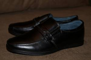 Стильные черные туфли из натуральной кожи