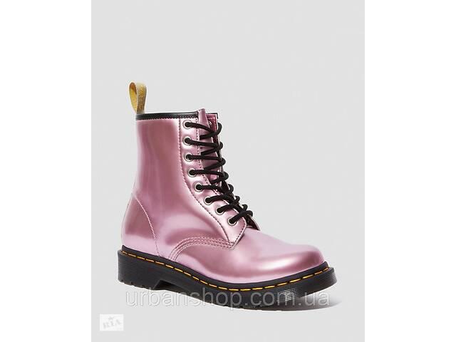 купить бу Взуття жіноче Dr. Martens  VEGAN 1460 GOLDMIX рожеві в Львові