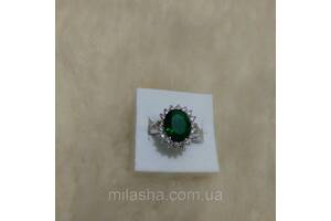 Женское кольцо в серебре. Изумруд зеленый 20р