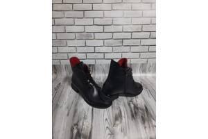 Женские кожаные ботинки 00646