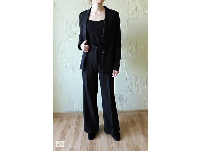 купить бу Женский брючный костюм , брюки палаццо и пиджак  в Киеве