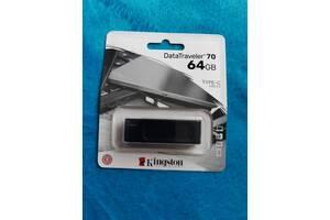 Флеш-драйв KINGSTON DT70 64Gb  Type-C USB 3.2.