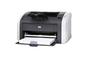 Принтер HP LaserJet 1015 / черно-белая лазерная печать / A4 / 1200x600 dpi / 14 стр/мин