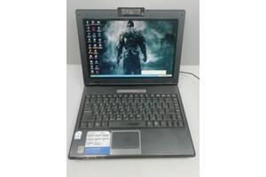 Маленький легкий двухъядерный ноутбук ASUS F9E