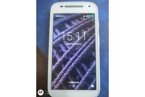 Motorola Moto E2 (XT1526) Android 5.1 GSM/CDMAсвязь.1ГБ/4ядра,8ГБ.из США.АКБ 2390mAh !!