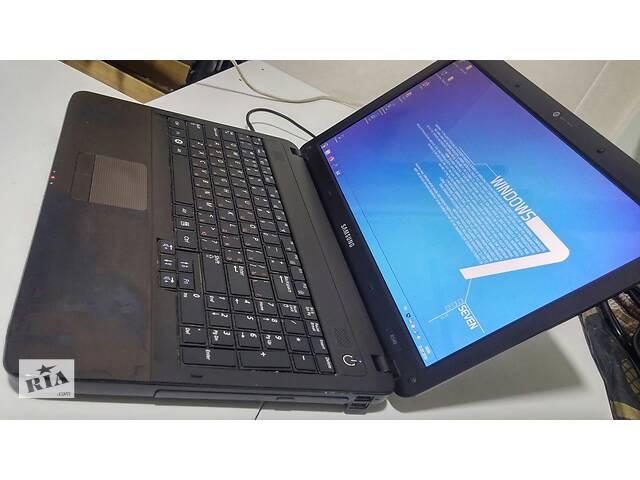 Отличный бюджетный ноутбук 15` Samsung R540 (Core i3)