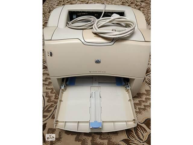 Продам лазерный принтер HP LaserJet 1200- объявление о продаже  в Николаеве