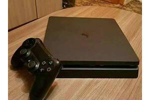 Продам PS4 Slim 500 GB + Fifa 20