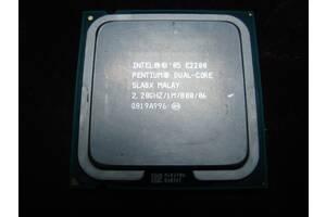 Процессор Intel Pentium E2200.
