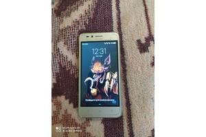 Смартфон Huawei Y3II (LUA-U22) Gold
