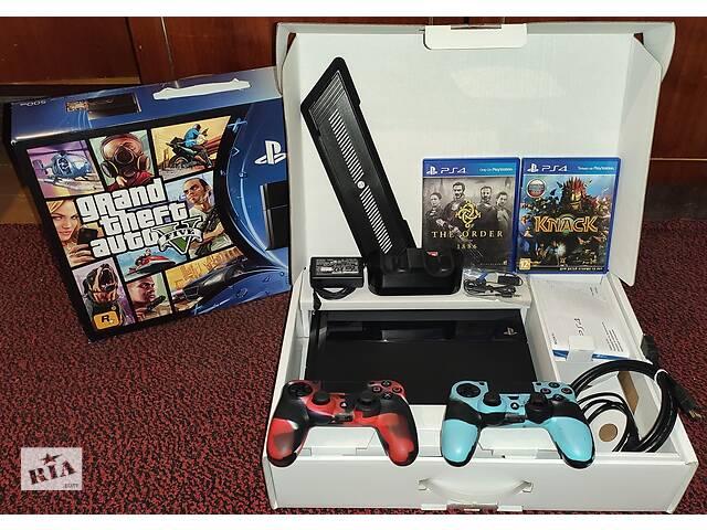 продам Sony PlayStation 4 бу в Измаиле