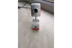 Веб-камера с микрофоном (для Win7/2000/XP)