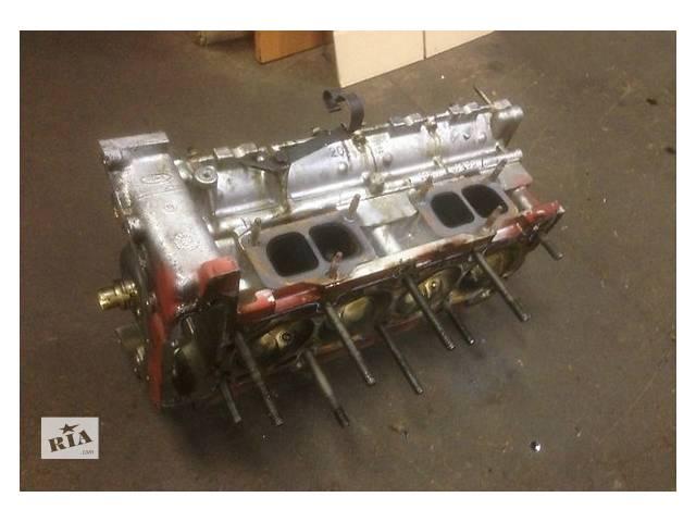 бу Детали двигателя Головка блока Ford Scorpio 2.4 в Ужгороде
