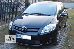 Фары Toyota Auris