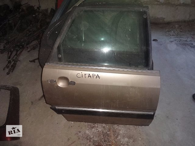 бу дверь задняя правая для Audi 100, 1989 в Львове