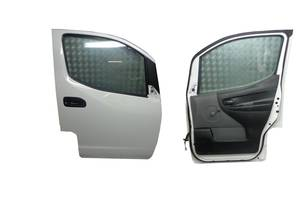 б/у Двери передние Nissan NV