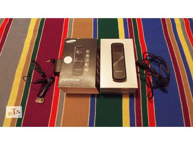 Диктофон Samsung YP-VP1 2GB, 3 в одном - диктофон, плеер, радио- объявление о продаже  в Днепре (Днепропетровск)