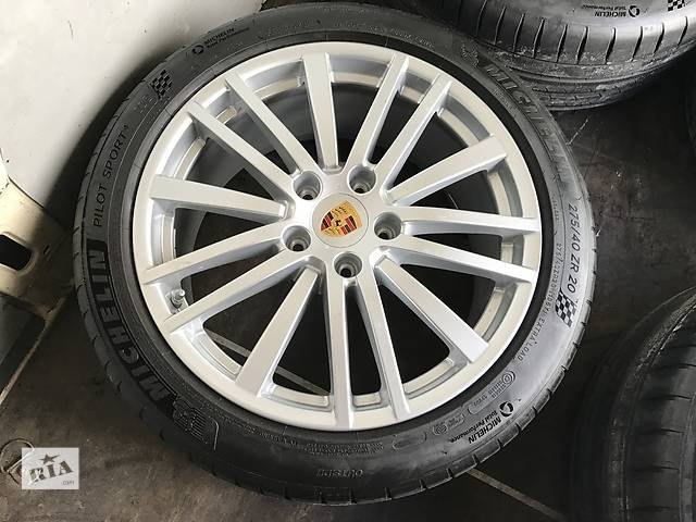 диск с шиной для Porsche Panamera 2017 R20.- объявление о продаже  в Ужгороде