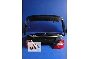 ліхтарі задні Mercedes