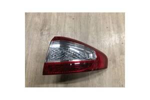 Фанар задній правий седан Форд Мондео 2010- Polcar 32D188E