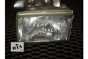 б/у Фары Renault Trafic