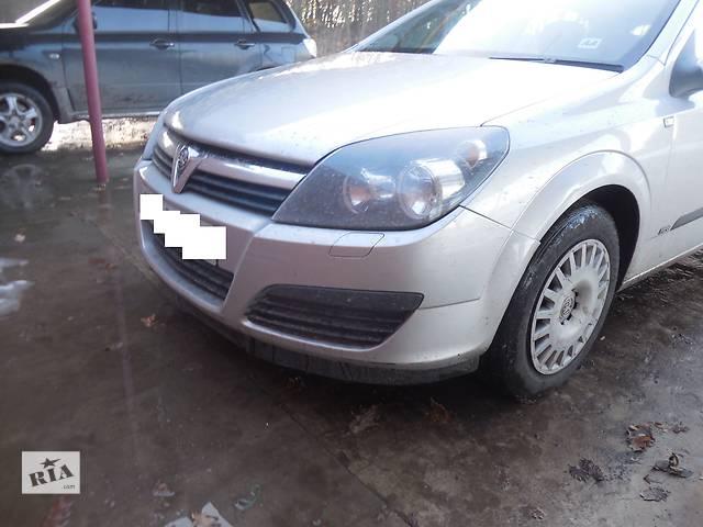 купить бу Фара для Opel Astra H Hatchback 2006 в Львове