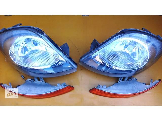 бу Фара фари правая левая, права ліва Opel Vivaro Опель Виваро Renault Trafic Рено Трафик Nissan в Ровно