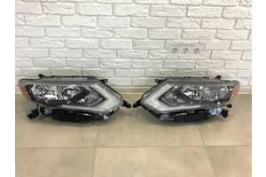 Фара правая левая Nissan Rogue 2017+ фонарь фары рог ниссан