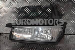 Фара противотуманная левая Toyota Avensis Verso 2001-2009