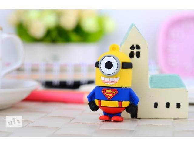 Флешка 16 ГБ в форме Миньона-Супермена- объявление о продаже  в Киеве