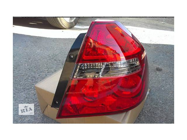 купить бу Фонарь правый для седана Chevrolet Aveo т250 Б/у фонарь задний для седана в Ивано-Франковске