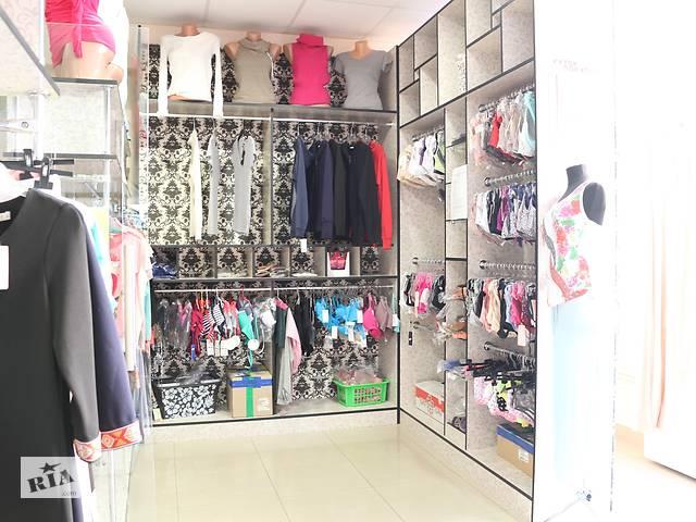 Мебель для торговли одеждой, сумки – универсальная сборка- объявление о продаже  в Мукачево