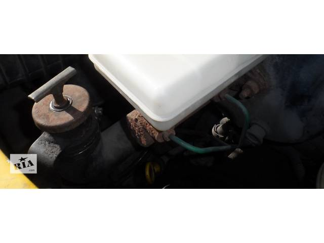 купить бу Главный тормозной цилиндр Рено Маскотт, Маскот, Renault Mascott 2.8 dci 1999-2004 в Ровно