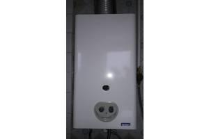 б/у Проточные газовые водонагреватели