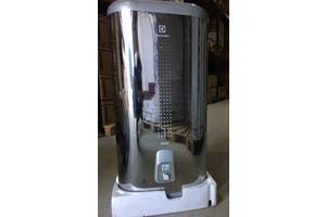 Нові Проточні електричні водонагрівачі Electrolux