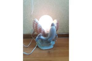 Нові Настільні лампи