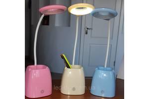 Нові Настільні лампи AUKES